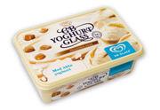 GB Yoghurtglass med gräddkolasås